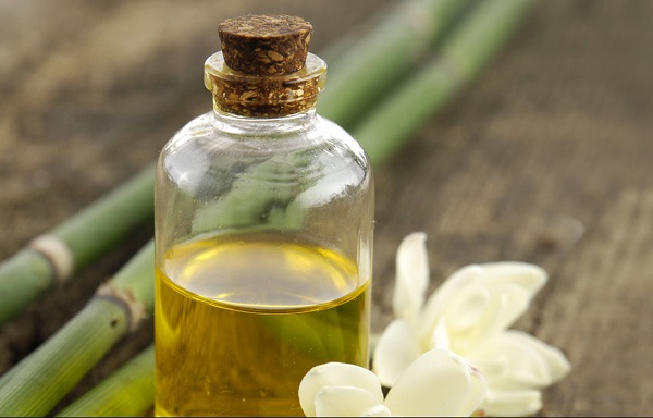 What are the benefits of gardenia oil?