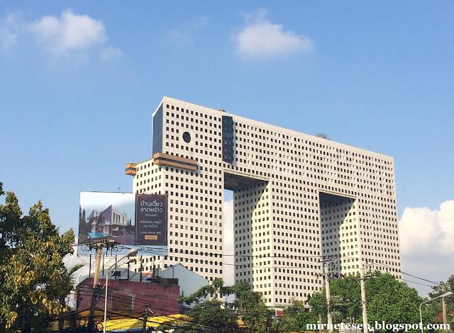 Элефант Тауэр, Бангкок