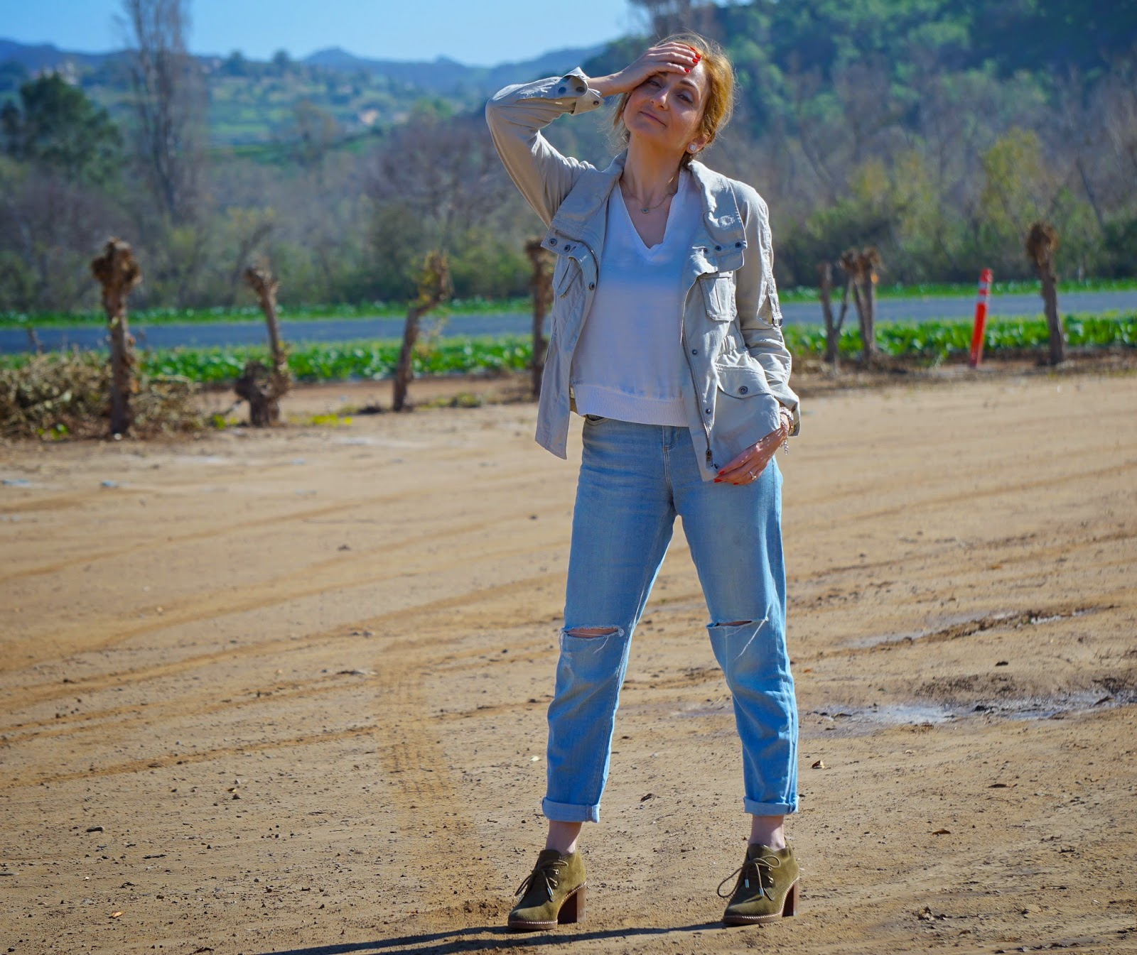 6d1b658a358 Living zBeautiful Mix  Weekend Style  Ripped Boyfriend Jeans
