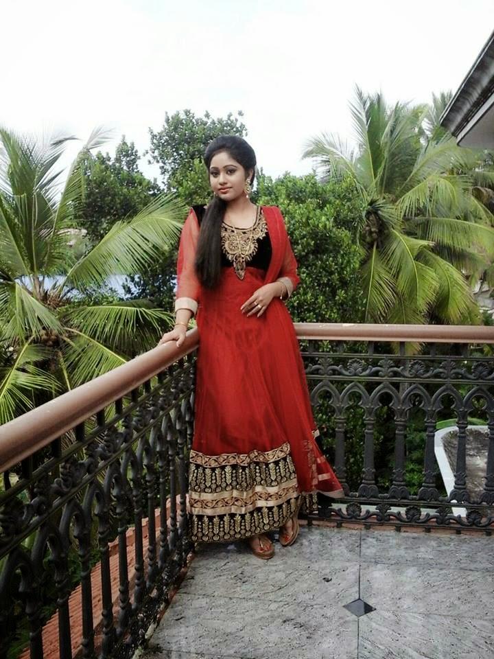 Meghna Vincent – Chandanamazha Serial Actress photos