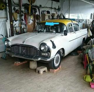 Dijual Sedan Tua Vauxhall 1957
