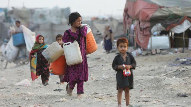 مساعدات اللاجئين في فصل الشتاء من الامم المتحدة واليونيسيف