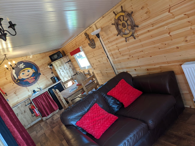 Gulliver's Valley Stay & Play Review pirate cabin kitchen