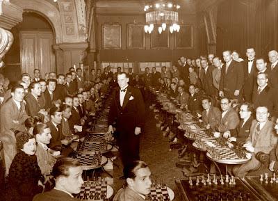 Alekhine en el Ateneu Barcelonès, enero de 1935