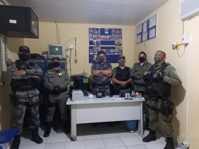 LAÇOS ESTREITADOS: Tenente Coronel da PM Antoni se reúne com comandantes dos GPMs de São Félix do Piauí e São Miguel da Baixa Grande.