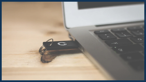 كيفية الاقلاع من فلاشة USB على جهاز ماك Mac