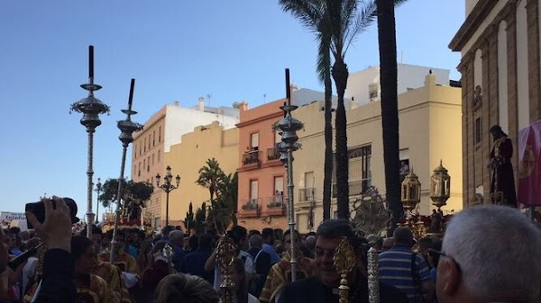 Posibles escenarios que pueden presentarse en Cádiz respecto a las procesiones de Semana Santa avaladas por Roma