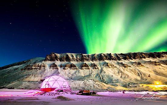 Auroras em Longyearbyené - Noruega