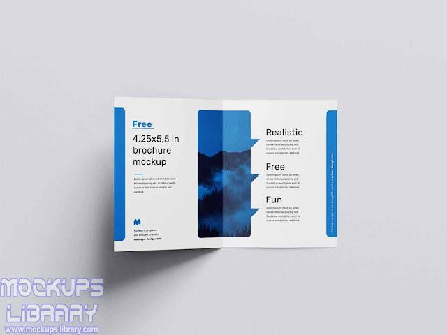 bi fold page brochure mockup 3
