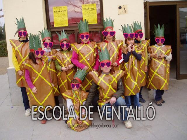 4 - Disfraz escolar de piña tropical con bolsa de plástico