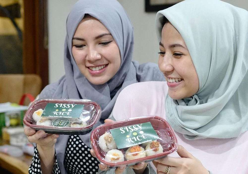 Ratna Galih Masak Sissy Rice (beautynesia.id)