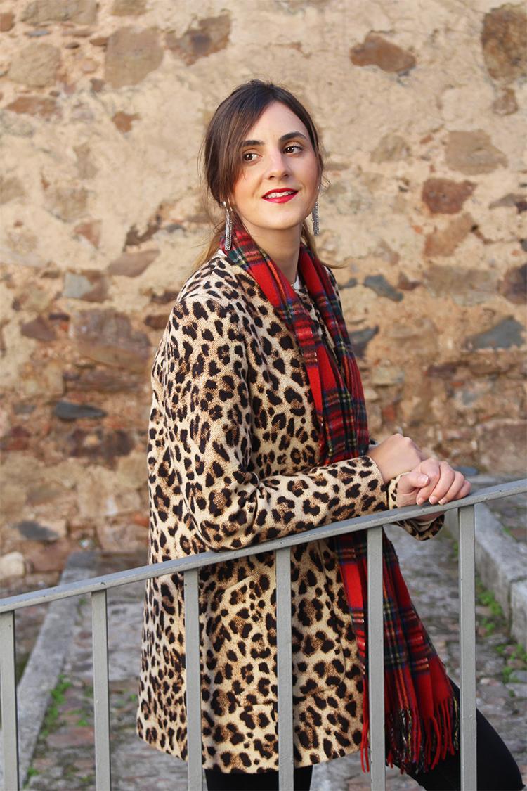 http://looking4theblacksheep.blogspot.com.es/2016/11/mixing-prints-tartan-leopard.html