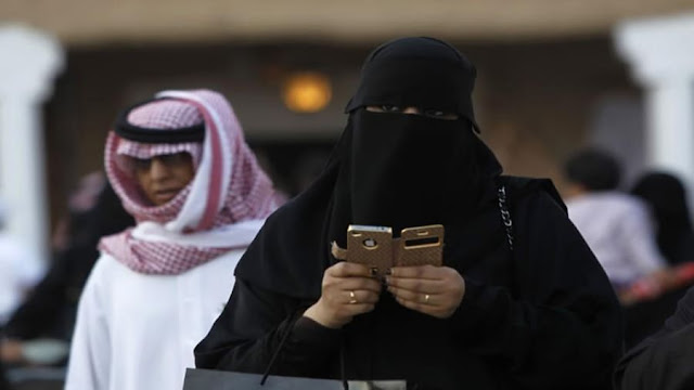 Saudi-Arabia-has-lifted-restrictions-on-other-messaging-apps-including-WhatsApp-Skype