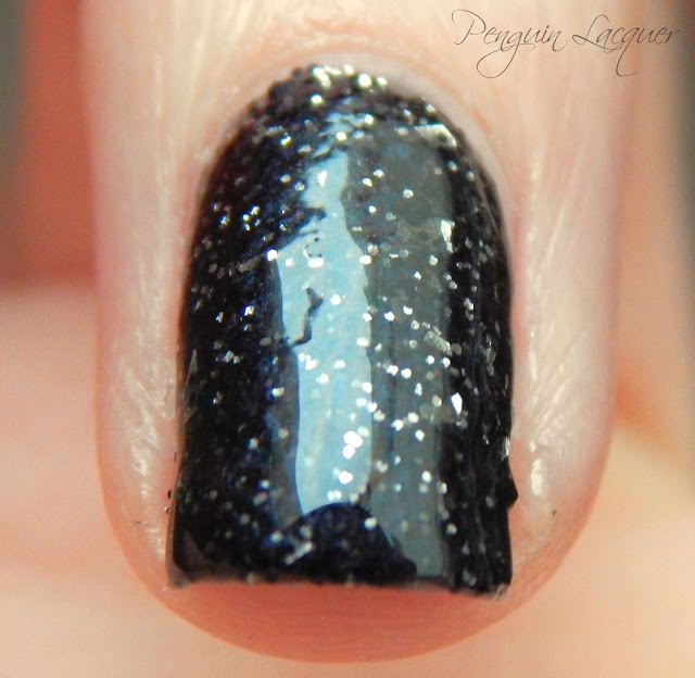 p2 color trend polish 070 black glitter makro überlack