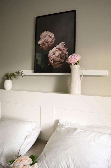 pioni kukka sarah bernard kukkapenkki taulu maljakko makuuhuone