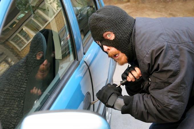 Autólopás Mórahalmon: lezáratlan járművet szemelt ki a tolvaj