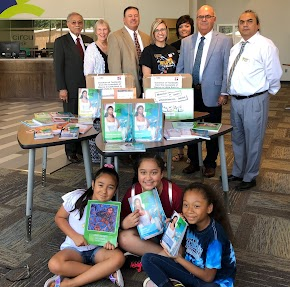 Mexican government donates Spanish language textbooks to school district