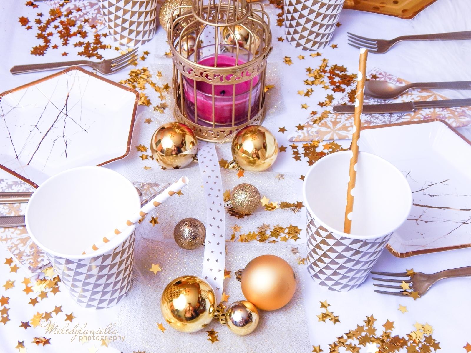 14 jak udekorować stół na imprezę dekoracja stołu karnawałowego świątecznego weselnego urodzinowego dekoracje dodatki partybox.pl partybox sklep z dodatkami na imprezy ciekawe gadżety