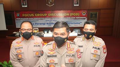 POLRESTA BARELANG GELAR FOCUS GROUP DISCUSSION PENCEGAHAN DAN PENANGGULANGAN PAHAM RADIKALISME DAN TERORISME DIHADIRI TIM HUMAS POLRI