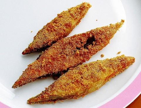 Crunchy fried Pomfret fish