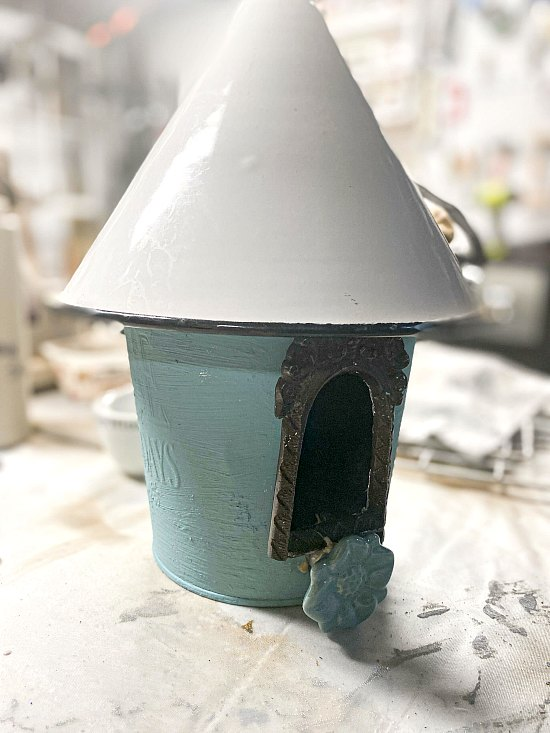 Make a DIY Enamelware Birdhouse
