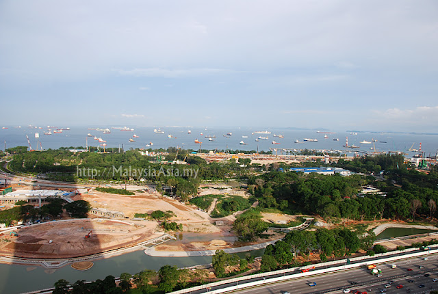 Construction of Gardens by the Bay Map