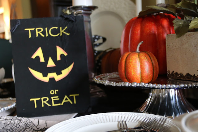 trick or treat table decorations
