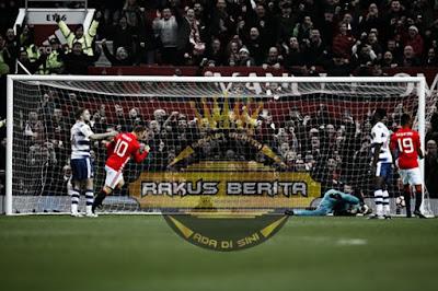Saat Rooney Membuat Gol Ke Gawang Reading Di Menit ke-7