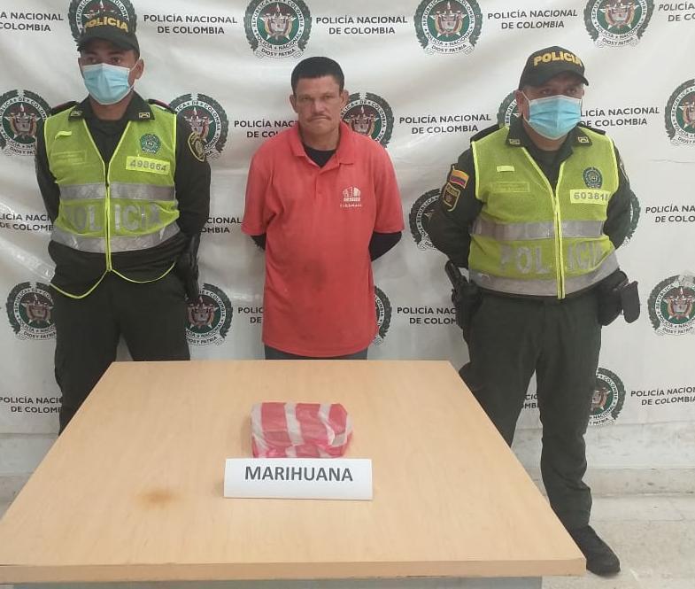 hoyennoticia.com, Lo cogieron en Riohacha con media libra de marihuana