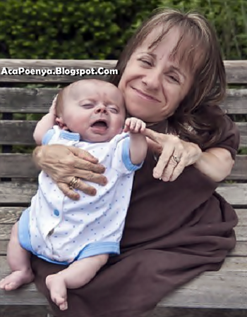 Bayi Dan Ibu Hampir Sama Panjang