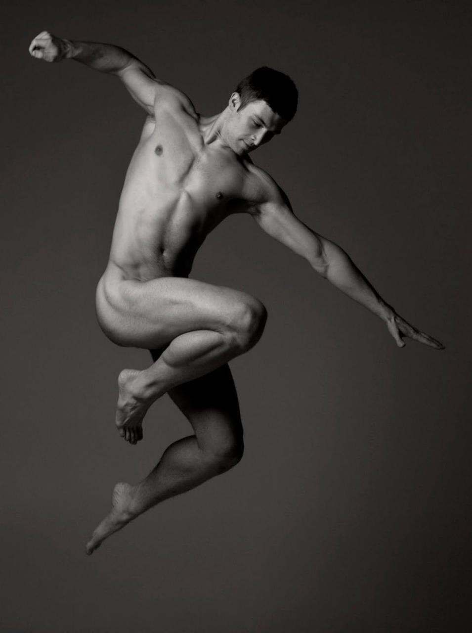 Accidentally drew pare nude model