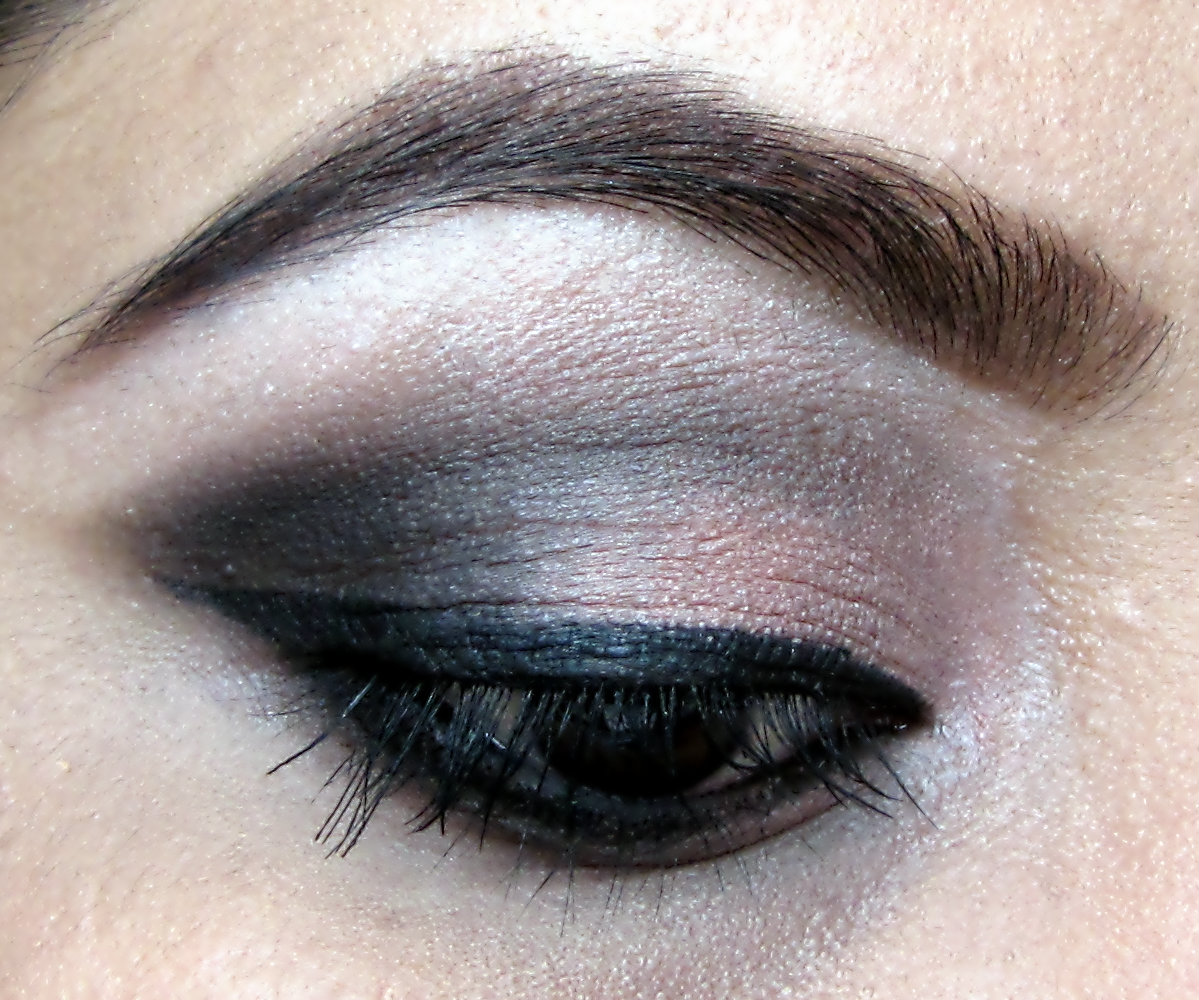 L'oreal Hip Eyeshadow Duo DASHING 917 REVIEW with TWO EOTD looks ...