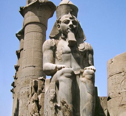 مومياء الملك رمسيس الثاني
