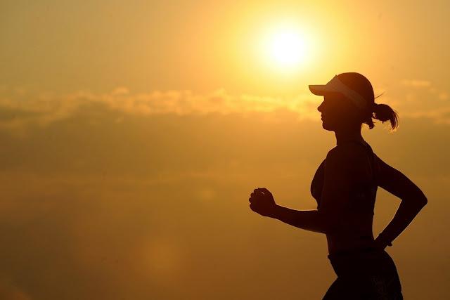 हमेशा स्वस्थ रहने के 4 आसान नियम, आपका डॉक्टर भी नहीं बतायेगा