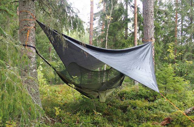 Hängmatta eller det engelska namnet hammock som den ofta kallas.