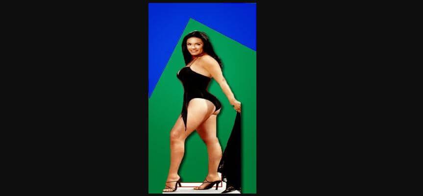 Bikini babe tan line pic