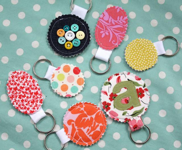 面料废料钥匙链|巧妙的缝纫项目,使面料废料向上循环