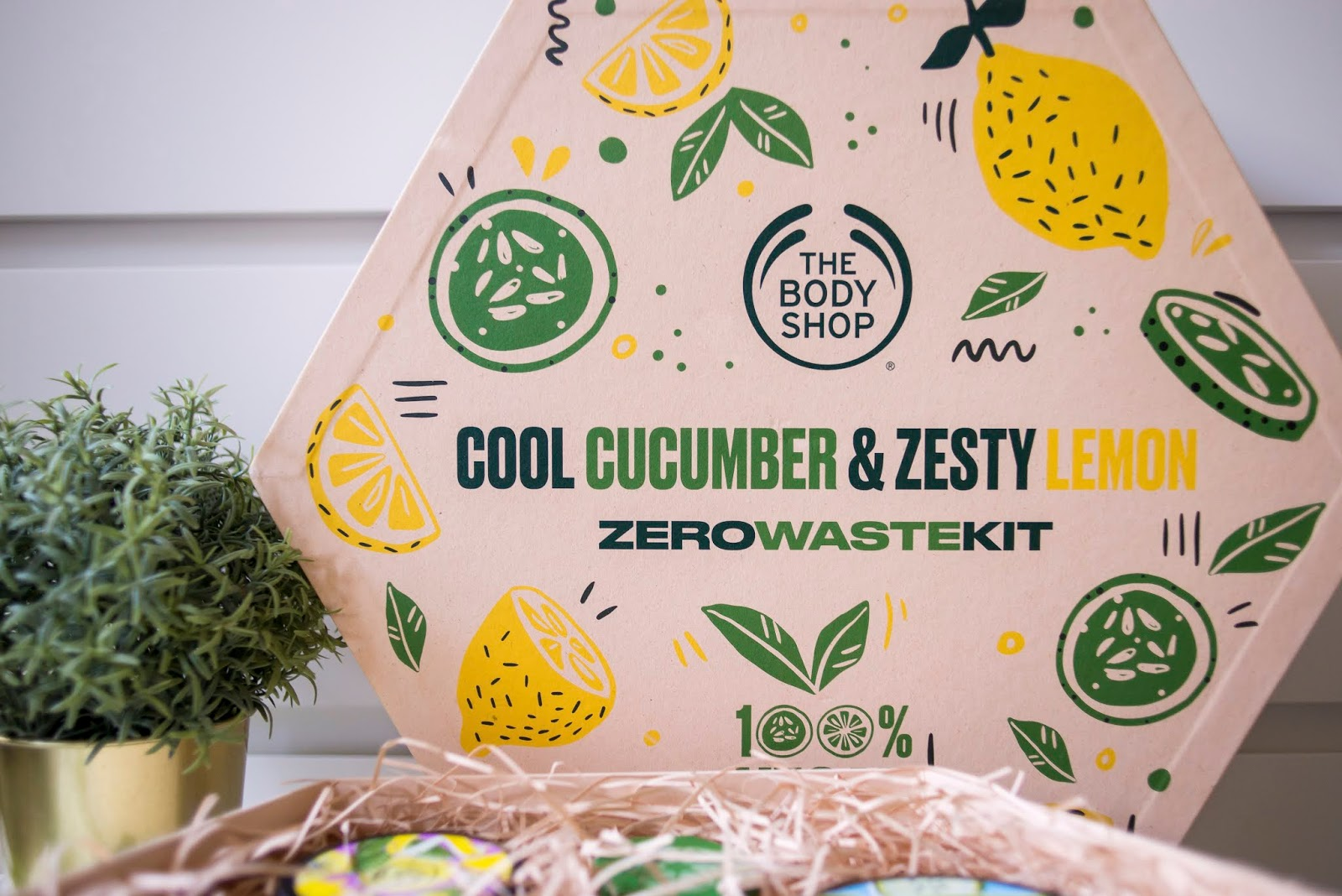 http://www.recklessdiary.ru/2020/07/The-body-shop-derzij-limon-krutoj-ogurec-Sool-Sucumber-Zesty-Lemon-novinki-otzyvy.html