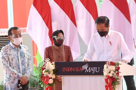 Berapa THR Jokowi-Ma'ruf Amin? Cek di Sini Nominalnya!