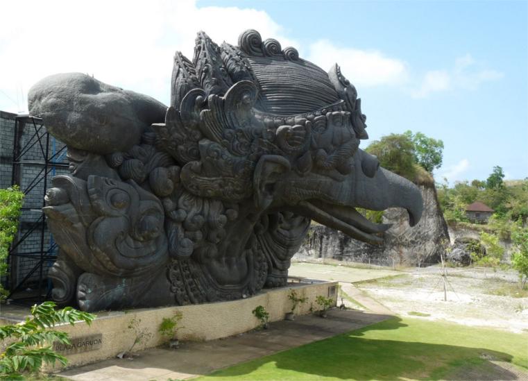 Pesona Keindahan Garuda Wisnu Kencana Gwk Ayo Tour Travel