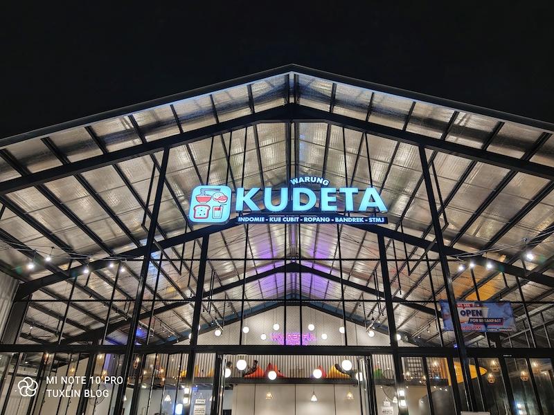Warung Kudeta Tempat Nongkrong Hits di Solo dengan Aneka Kopi dan Mie Kekinian