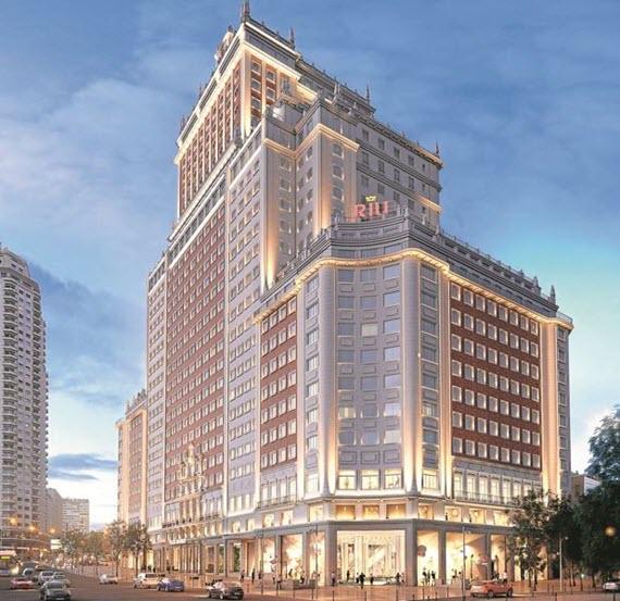 Nuevo hotel riu edificio espa a en 2019 con 650 for Edificio de la comunidad de madrid