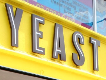 Yeast Bistronomy sign