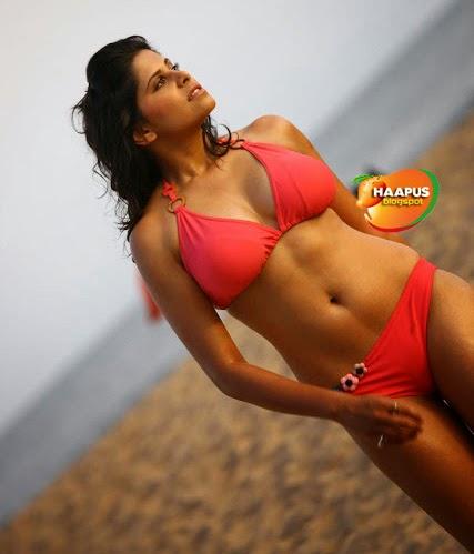 Paparazzi Bikini Sai Pallavi  naked (27 photos), Facebook, cleavage