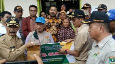 Gubernur Sumbar Irwan Prayitno Kunjungi Korban Banjir Solok Selatan