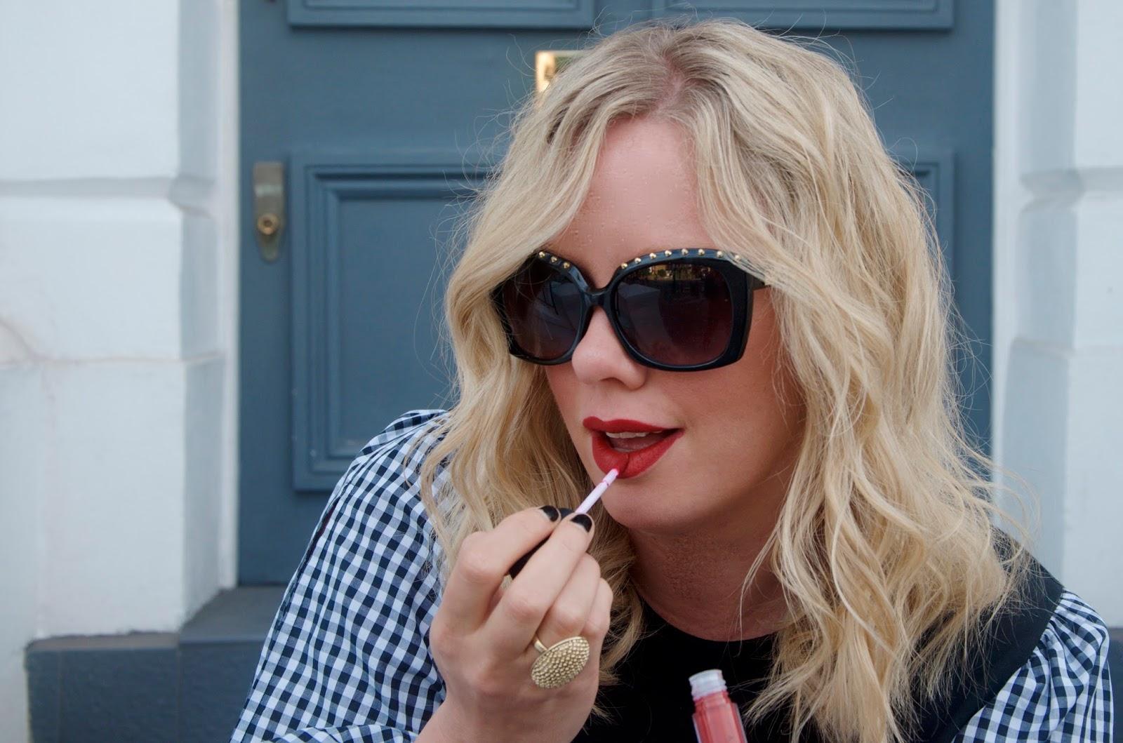 Red liquid matte lipstic