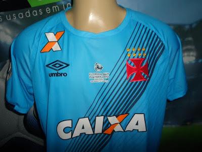 H 16 04 (final TR) - Vasco 2x0 Botafogo (Douglas e Luis Fabiano) Caixa  (máster) X (omoplata) Gigante (mangas) Tim (numero) 90 anos de São Januário 89c43ed9669fb