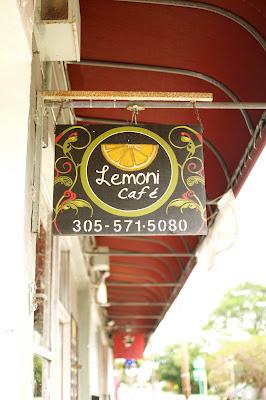 Where To Eat Vegan Lemoni Cafe Miami Florida This