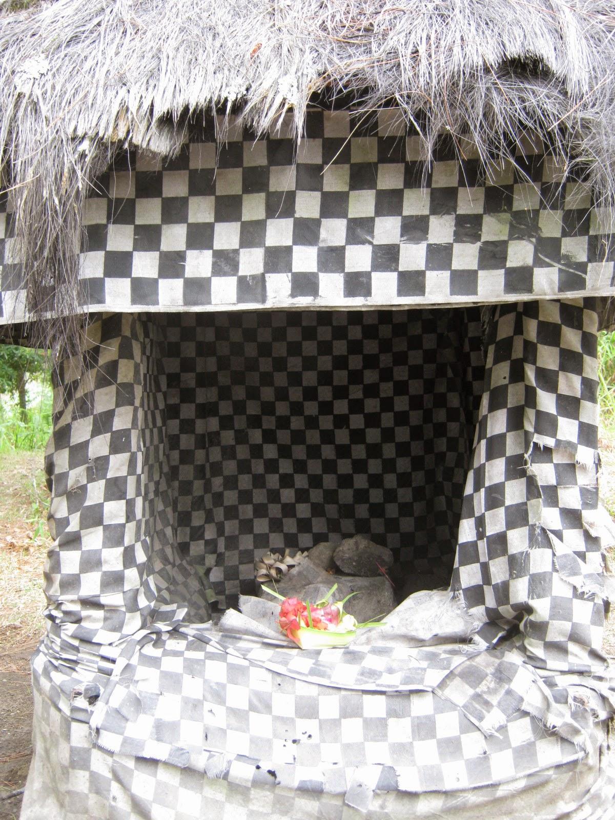 Candi Kethek Tersembunyi Lereng Gunung Lawu Mundakarama Konon Hindu Hal