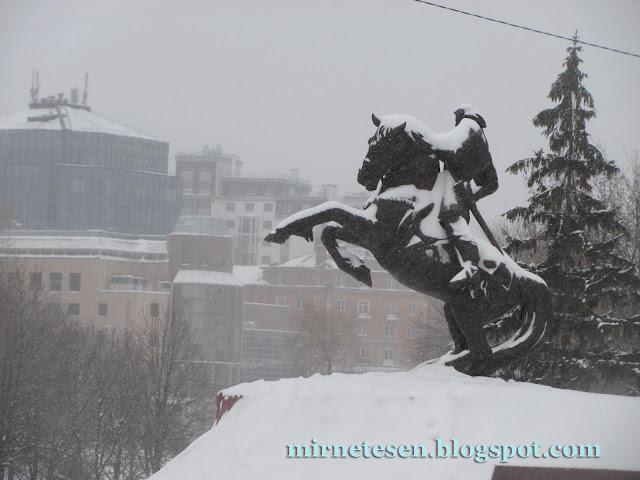 Рязань - памятник Евпатию Коловрату